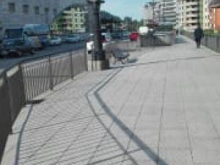 Garaje en venta en Oviedo de 12  m²