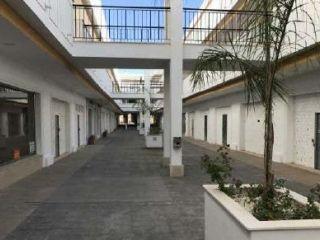 Local en venta en Pilas de 204  m²