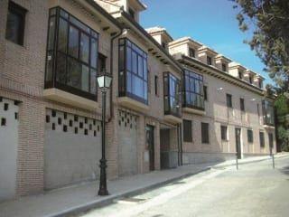 Local en venta en Serranillos Del Valle de 344  m²