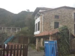 Piso en venta en Corvera De Toranzo de 335  m²