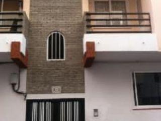 Piso en venta en La Orotava de 98  m²
