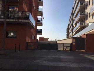 Garaje en venta en BarberÀ Del VallÈs de 30  m²