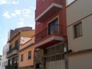 Piso en venta en San Cristóbal De La Laguna de 69  m²