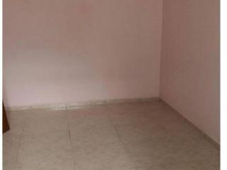 Piso en venta en Cornella De Llobregat de 77  m²