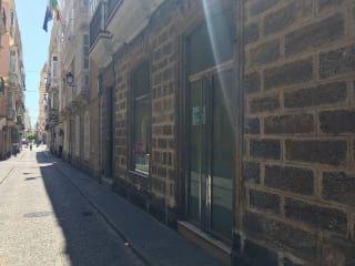Local en venta en Cádiz de 131  m²