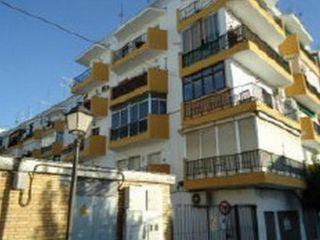Piso en venta en Castilleja De La Cuesta de 77  m²