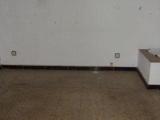 Piso en venta en Mataro de 64  m²