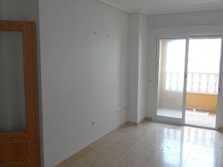 Piso en venta en Formentera Del Segura de 74  m²