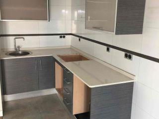 Piso en venta en Almería de 56  m²