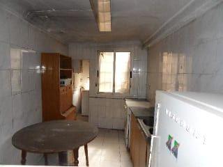 Piso en venta en Teruel de 65  m²
