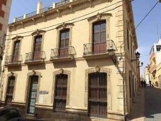 Piso en venta en Almería de 126  m²