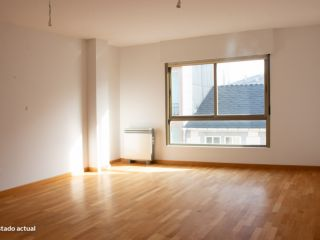 Piso en venta en Sarria de 123  m²