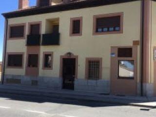 Garaje en venta en Torrecaballeros de 28  m²