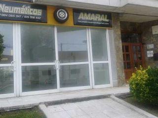 Local en venta en Navia de 170  m²