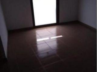 Local en venta en Tortosa de 77  m²
