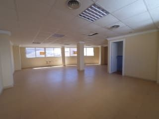 Piso en venta en Almansa de 93  m²