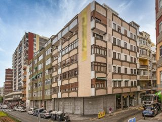 Local en venta en Palmas De Gran Canaria, Las de 596  m²