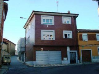 Local en venta en Navatejera de 129  m²
