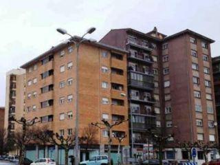 Local en venta en Villava de 185  m²