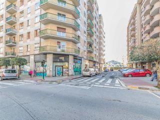 Local en venta en Burlada de 198  m²
