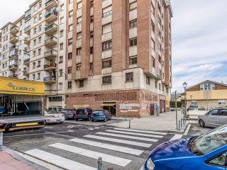 Local en venta en Burlada de 150  m²