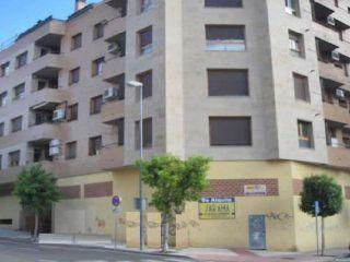Local en venta en Tudela de 95  m²