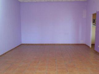 Local en venta en Torrijos de 111  m²