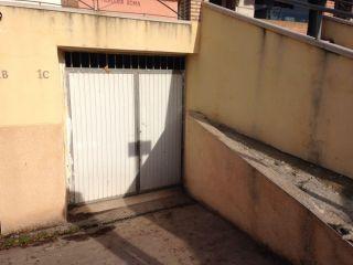 Local en venta en Olias Del Rey de 100  m²