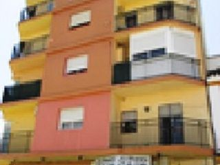 Piso en venta en Gelves de 75  m²