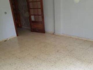 Piso en venta en La Bisbal D'empordà de 76  m²