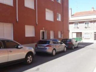 Garaje en venta en Santovenia De Pisuerga