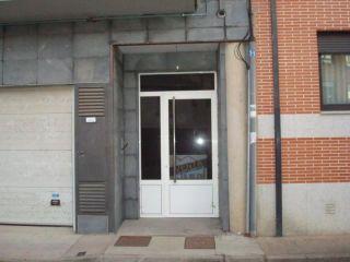 Piso en venta en Valencia De Don Juan de 94  m²