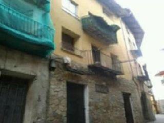 Piso en venta en Teruel de 135  m²