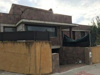 Unifamiliar en venta en Llinars Del Valles de 301  m²
