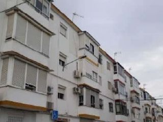 Piso en venta en Carmona de 61  m²