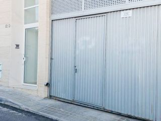 Garaje en venta en Petrer de 24  m²