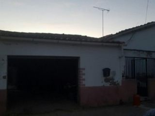 Garaje en venta en Guijo De Galisteo de 80  m²