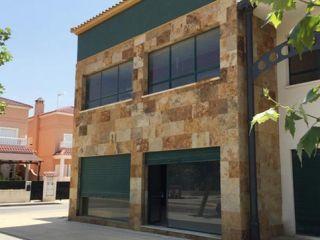 Local en venta en Almoradí de 237  m²