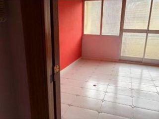 Piso en venta en Manresa de 65  m²