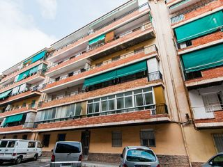 Piso en venta en Alicante de 81  m²