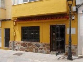 Local en venta en Los Barrios de 79  m²