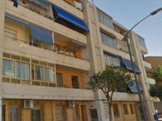 Piso en venta en Alicante de 64  m²