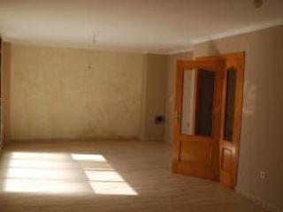 Local en venta en Oliva de 65  m²