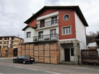 Unifamiliar en venta en Doneztebe de 443  m²