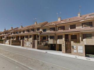 Chalet en venta en Navalcarnero de 280  m²