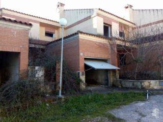 Inmueble en venta en Cervera De Los Montes de 140  m²