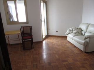 Piso en venta en Cornellà De Llobregat de 48  m²