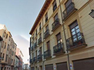 Local en venta en Leon de 67  m²