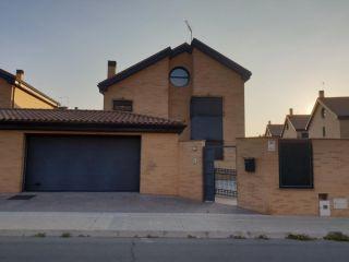 Unifamiliar en venta en Villanueva De La Cañada de 415  m²