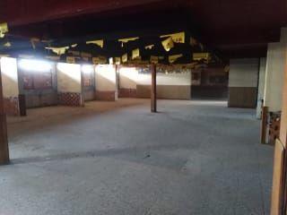 Local en venta en Almadén de 331  m²